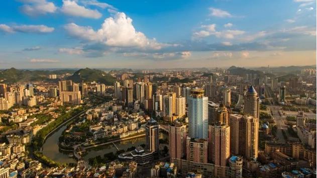 贵阳市国庆假期接待游客1334.77万人次,旅游收入107.44亿元