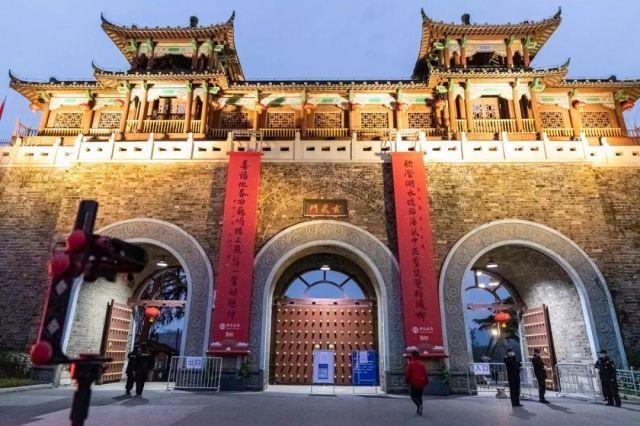 南京玄武湖于2 月19 日晚上6點正式恢復開放